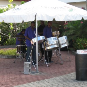 Einstein: Grenada welcome band