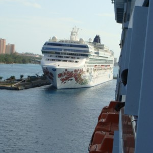 Backing in next to the Norwegian Gem
