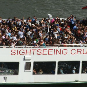 Circle Line Sightseeing boat