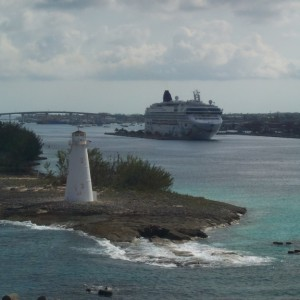 Coming into Port Bahamas