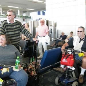 Airport. Einstein, Maw & paw