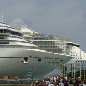Carnival Dream & Oasis of the Seas
