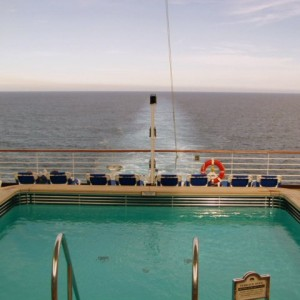 The aft swimming pool aboard the Star Princess.